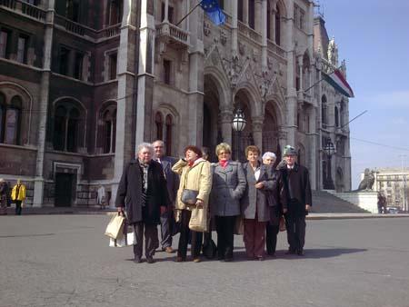 parlament_nyito