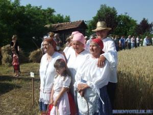 20110722 1118393935 aratas-2011-07-09-fazekasne--051
