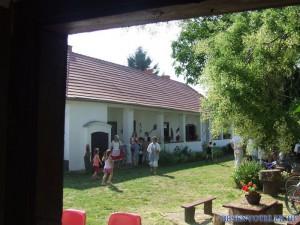 20110722 1400561509 aratas-2011-07-09-fazekasne--026