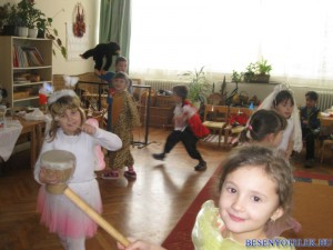 20120301 1187618263 ovi-farsang-2012-018