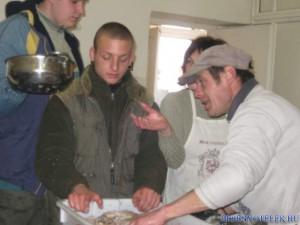 20120425 1288113914 falusi-disznovagas-2012-047 (1)