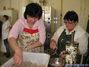 20120425 1502654669 falusi-disznovagas-2012-038 (1)